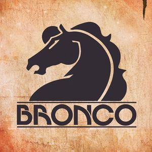 Grupo Bronco Woodlake