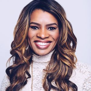 OFFICIAL Nicole C. Mullen Freedom Hall Leadership Summit 2017