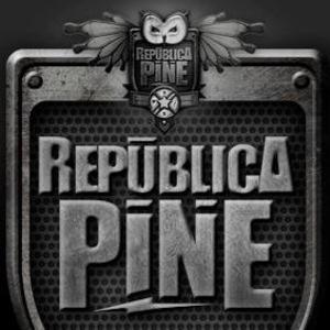 República Pine Crossroads