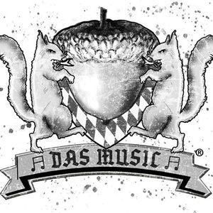 Hazelnuss-Das Music Pershing Square