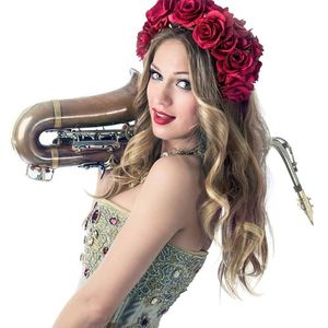 Anastasia Mcqueen Saxophonist Lio