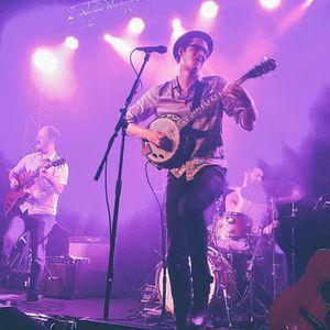 Nick Drummond Under The Stars - A Special Garden Concert in North Seattle
