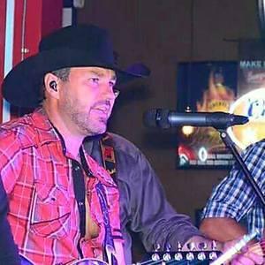 Kyle Rainer and Runnin' Hot Shawnee