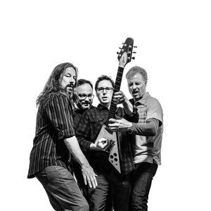 El Scorcho - Weezer Tribute Star Bar