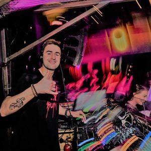DJ-Yjay Notteroy