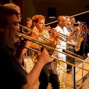 Soul Power Band THE RHYTHM ROOM