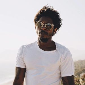 Shwayze Black Sheep