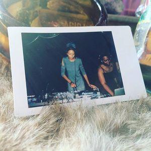 DJ Holographic TV Lounge