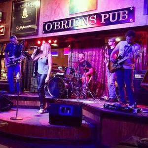 Station Creek Back 9 Bar