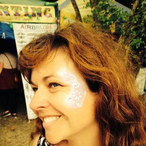Polly Paulusma AGENDA Poetry Festival