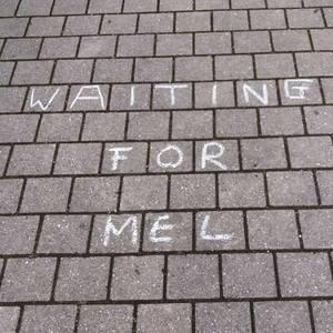 Waiting for Mel Vischers Kulturladen