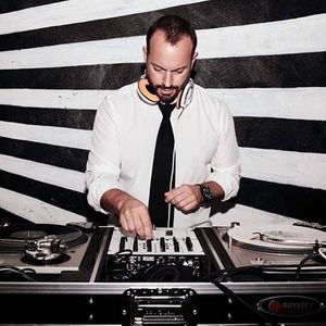 DJ DAV Capac