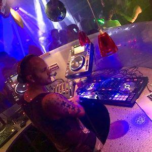 Franck Dyziak (DJ) Prestation Cabaret