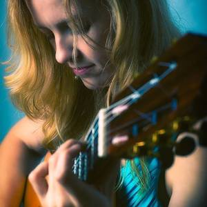 Candice Mowbray Classical Guitarist Moravian Hall Square