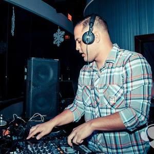 DJ Round 10 Villa Park