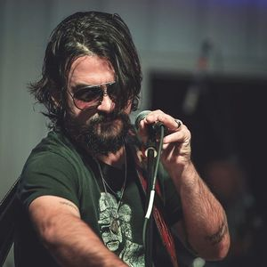 Shooter Jennings Campbelltown