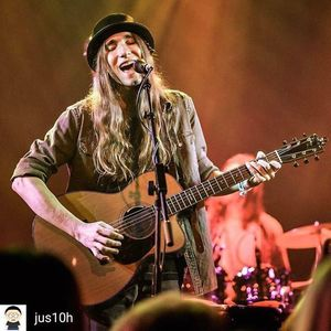 Sawyer Fredericks Dosey Doe Big Barn