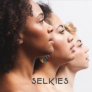 Cynthia Abraham Selkies Trio - Fashion week Bruxelles