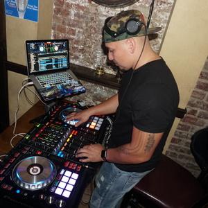 DJ MLUV Congers