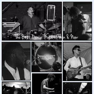 Hipshot Band 39 WEST LOUNGE