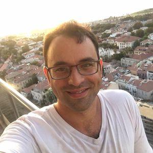 Gilad Yavne
