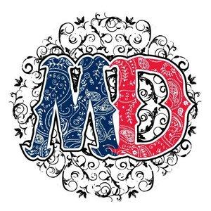 Maiden Dixie Medina Entertainment Center w/Blackhawk