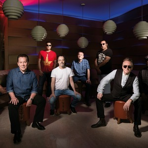 UB40 Leas Cliff Hall