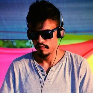 DJ Gregory I-Boat