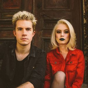 The Fontaines Troubadour