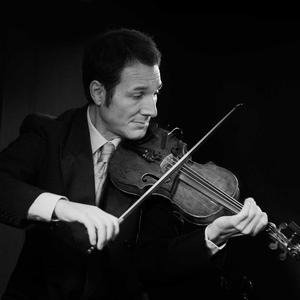 Rares Morarescu - Jazz Violinist Gilly