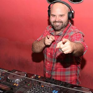 DJ Jose Torres Valencia