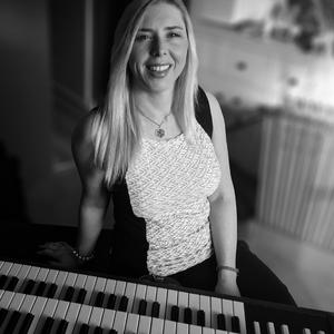 Adrienne McKay Musician East Islip