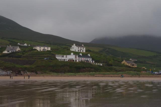 Pub at Inch beach, south of the Dingle peninsula, Co. Kerry.