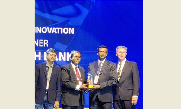 Sampath Bank wins 3 awards at Infosys Finacle Client Innovation