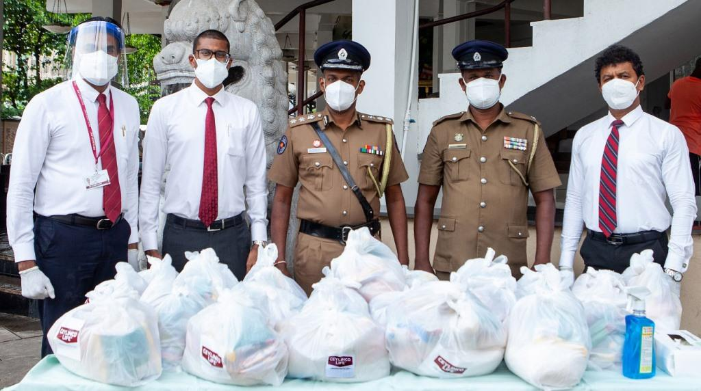 Ceylinco Life donates dry rations to daily wage earners in Colombo