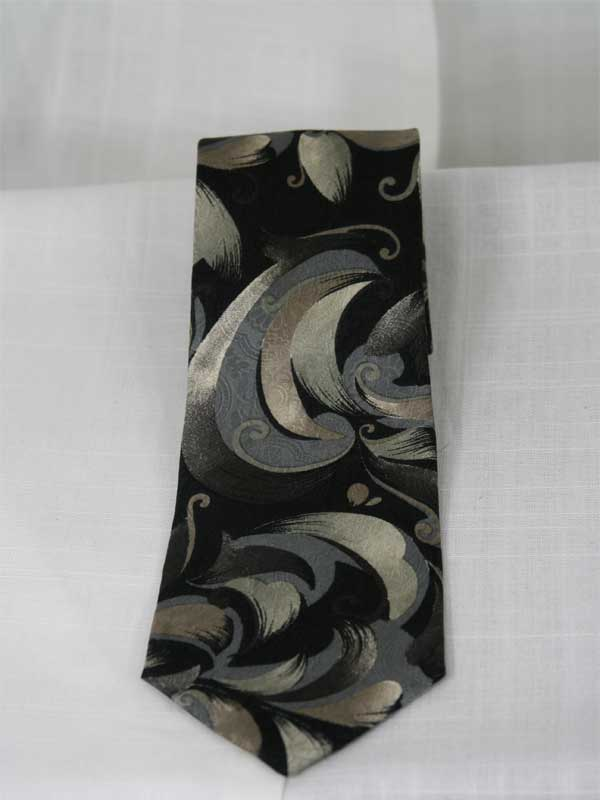 christian-dior-swirl-tie-back