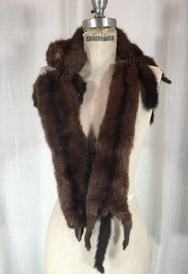 la boudoir miami 1940s mink collar (1)