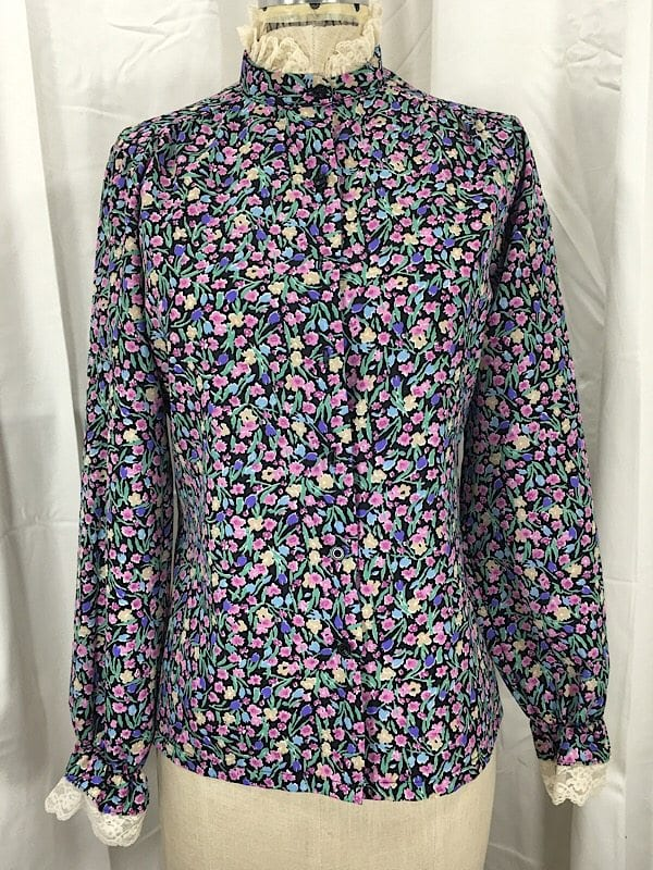 la-boudoir-miami-1970s-floral-blouse-with-lace-trim-2