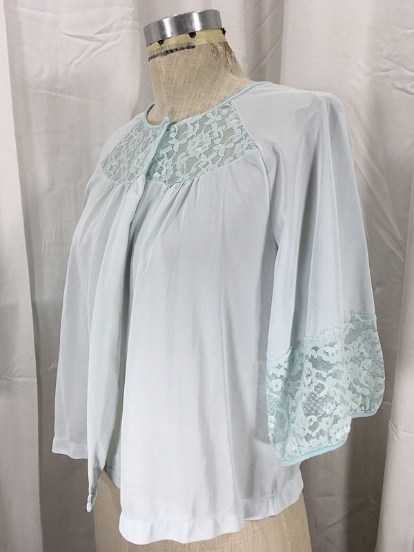 la-boudoir-miami-1950s-pale-blue-lace-bed-jacket-5
