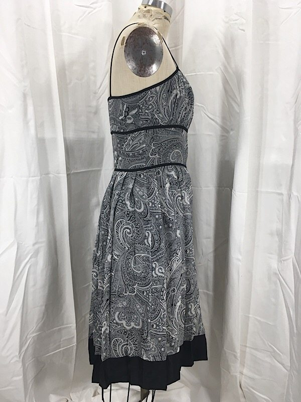 la-boudoir-miami-1950s-black-paisley-print-pleated-dress-5