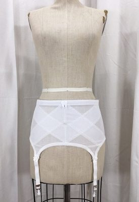 la-boudoir-miami-1950s-white-skirt-girdle-2