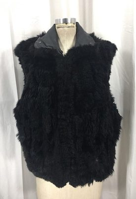 la-boudoir-miami-black-apossum-fur-vest-5
