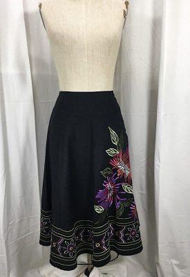la-boudoir-miami-black-a-line-embroidered-skirt-2