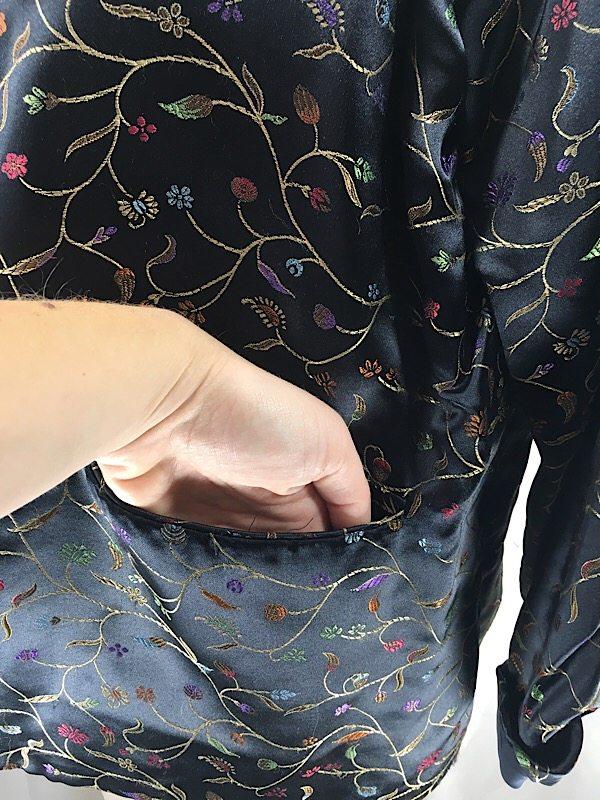 la-boudoir-miami-1970s-black-satin-embroidered-reversible-oriental-jacket-2