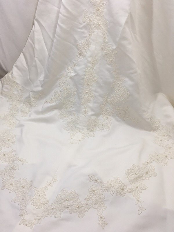 la-boudoir-miami-1950s-ivory-satin-lace-wedding-dress-4