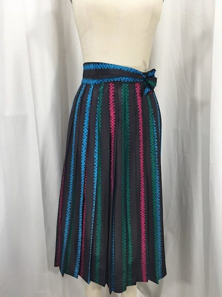 la-boudoir-miami-1970s-dark-brown-tribal-print-stripe-pleated-skirt-2