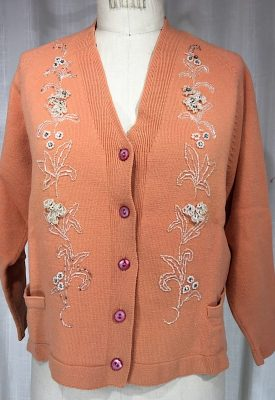 la-boudoir-miami-1960s-peach-beaded-sweater-7