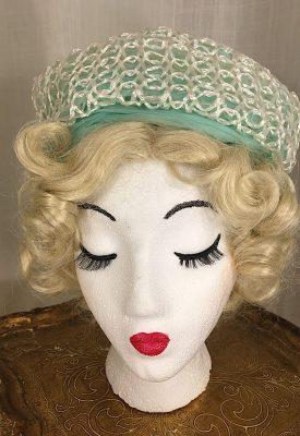 la boudoir miami 1960s turquoise and white straw turbin hat (6)