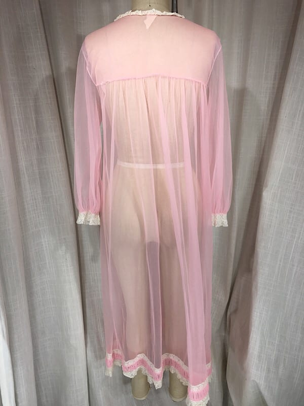 la boudoir miami vintage 1960's pink sheer long sleeve lace robe (3)
