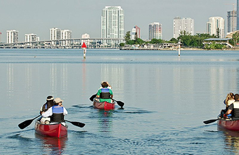 SoBeautiful Lifestyle -recreation-canoe